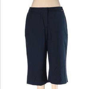 St John navy Capri pants size 6